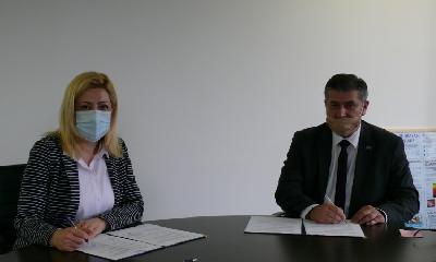 MINISTRICA ĐAPO POTPISALA UGOVOR - NACIONALNOM PARKU UNA 500.000 KM