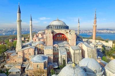 TURSKI SUD ODLUČIO: AJA SOFIJA MOŽE PONOVO POSTATI DŽAMIJA