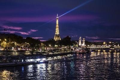 ISPOVJEST BANJOLUČANKE IZ PARIZA: BOJIMO SE GLADI, PRODAVNICE SE PRAZNE BRZINOM MUNJE