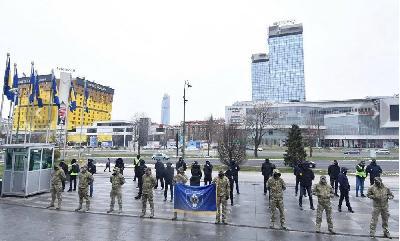 U SARAJEVU PROTEST DRŽAVNIH POLICIJSKIH SLUŽBENIKA: PREPUŠTENI SMO SAMI SEBI GODINAMA