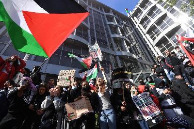 PROTESTI I PODRŠKA PALESTINCIMA: ŠIROM SVIJETA PROTESTI PROTIV IZRAELSKE VOJNE AKCIJE