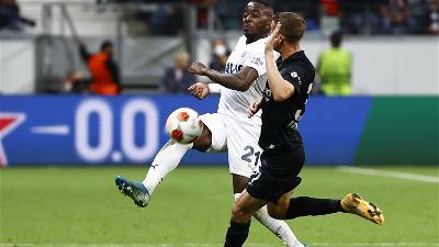 UEFA LIGA EVROPE: BEZ POBJEDNIKA U DUELU EINTRACHTA I FENERBAHCEA