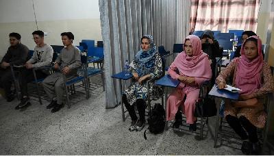 AFGANISTAN: ZATVORENA VRATA MINISTARSTVA ZA ŽENSKA PITANJA U KABULU