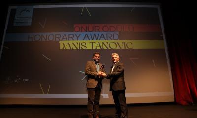 KOMEDIJA DANISA TANOVIĆA 'DESET U POLA' OTVORILA BOSFOR FILMSKI FESTIVAL U ISTANBULU